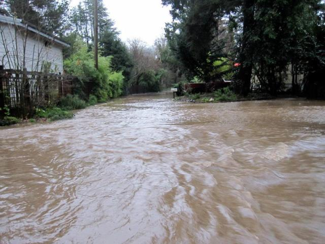 Felton Grove Flood Dec 23, 2012 River Rd at Sylvan Way, courtesy of rachel Williams