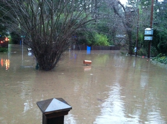 View From David Wenrick's front door. Flood 12-23-12 Park Ave and River Rd.