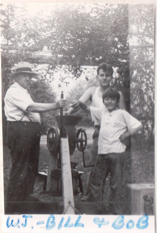 W. J. Wright and Sons Bill and Bob, Circa 1940. Courtesy of Patsy Wright Collection