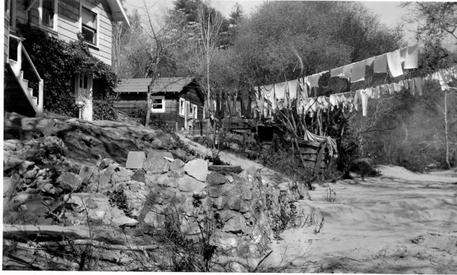 Felton Grove Food Felton Grove River Rd 1940 or 41. Courtesy Randall Brown.